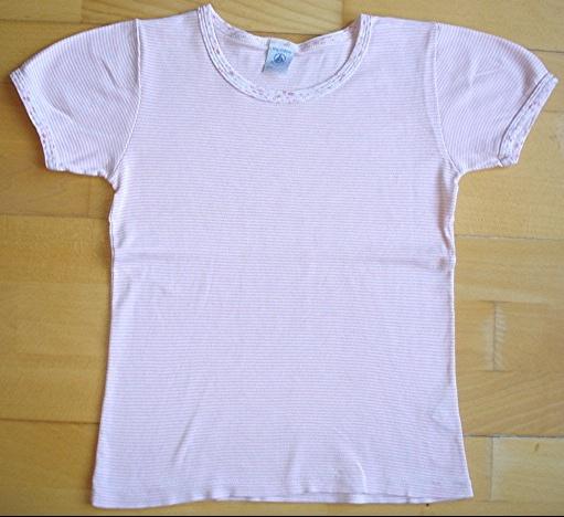 maillot de corps petit bateau 10 ans rayé rose : 3 euros.