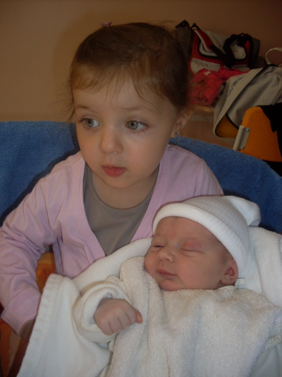 1ère photo avec ma soeurette