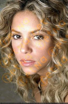 normal_Shakira_JPC14258
