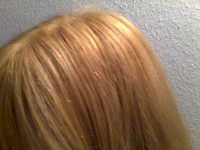 Couleur cheveux jaune poussin