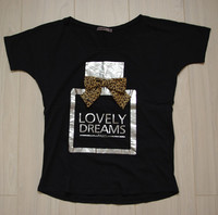 Tee shirt manches courtes, taille S, 4 euros