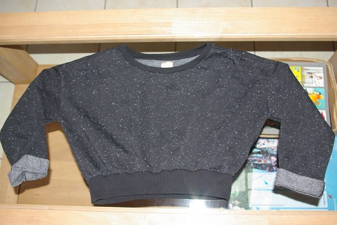sweat court Zara, S, 3 euros