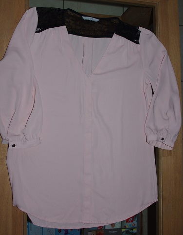 blouse H&M taille S, 3 euros