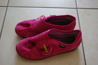 34, chaussons bellamy, 4 euros