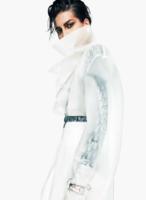 Saffron Vadher photo Greg Kadel Vogue Inde décembre 2017