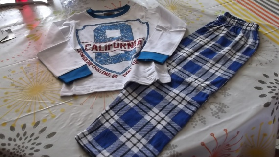 pyjama 5ans 1€ vet bb et petitga