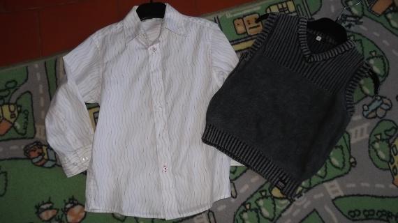 ensemble chemise et son pull sans manches 5ans 6€