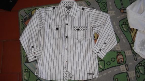 chemise 5ans 4€