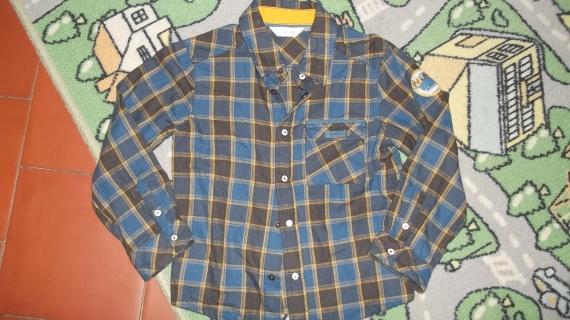 8- chemise kidkanaï 5ans 3€50