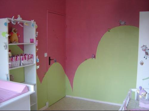 La chambre rose et verte de ma puce, theme ferme - Chambre de bébé ...