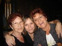 Ma grand-maman, ma maman et moi