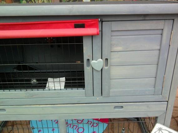 question clapier voir bas de page hamsters cochons. Black Bedroom Furniture Sets. Home Design Ideas