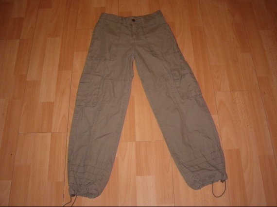 mon 10 et 12 ans  Fille-10-ans-pantalon-ans-euros-img