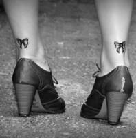 tatouage-noeud-ruban-cheville