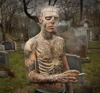 homem-zumbi-tatuagem-bizarra-3