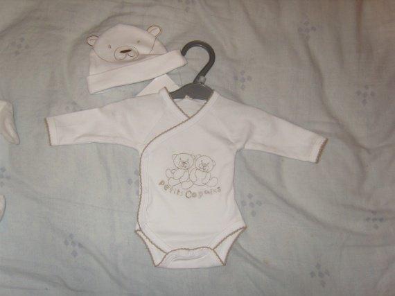body naissance + bonnet