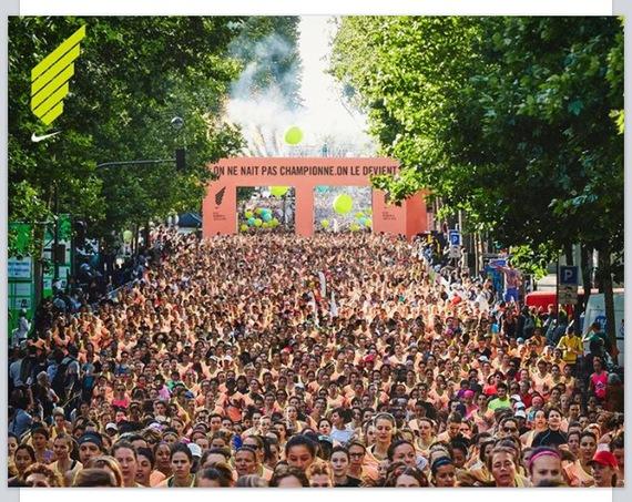 la foule 11000 filles