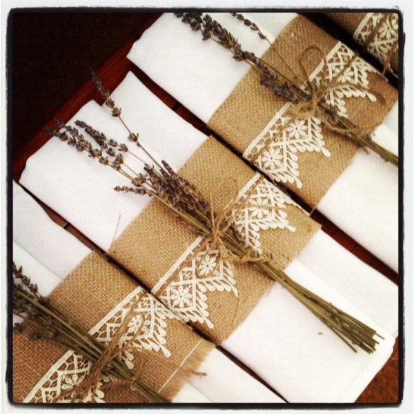 photos-mariettes-serviette-jute-dentelle