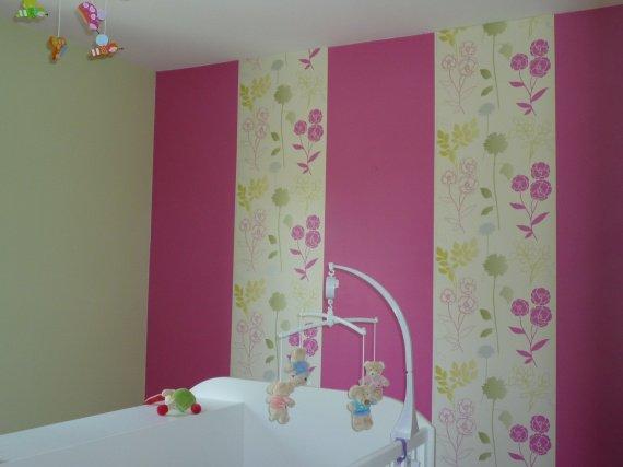 Peinture Rose Fushia Chambre ~ Idées de Décoration et de Mobilier Pour La Con