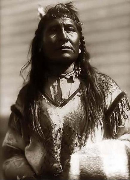 Indian man,New Chest-1910 by Edward S.Curtis