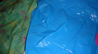 DSC00160 cape plastique bleu mickey-minnie