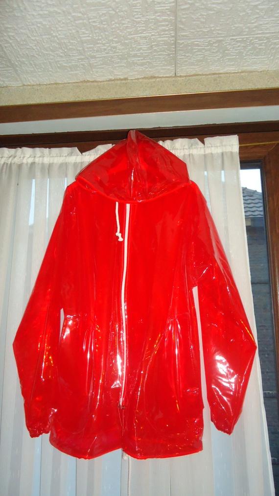DSC00490 imper rouge translucide