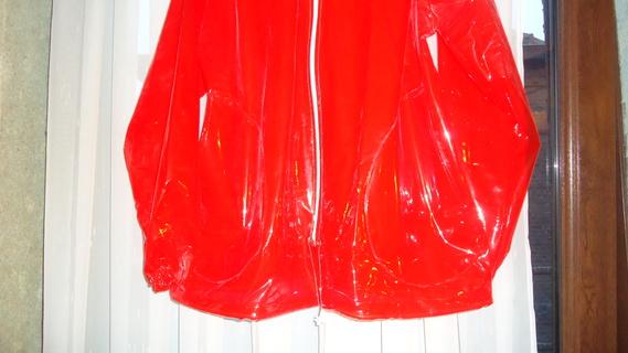 DSC00491 imper rouge translucide