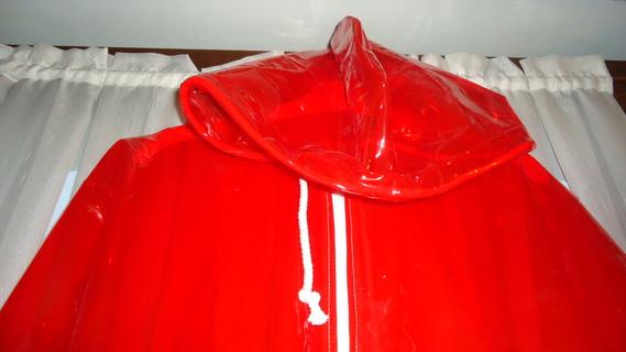 DSC00495 imper rouge translucide