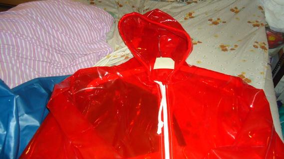 DSC00500 imper rouge translucide