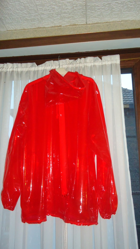 DSC00496 imper rouge translucide