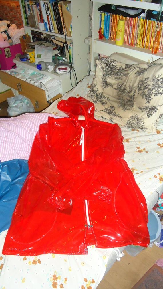 DSC00498 imper rouge translucide