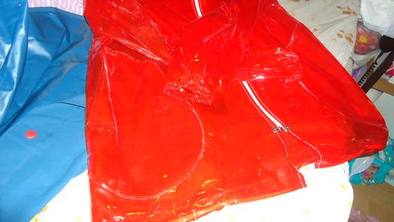 DSC00499 imper rouge translucide