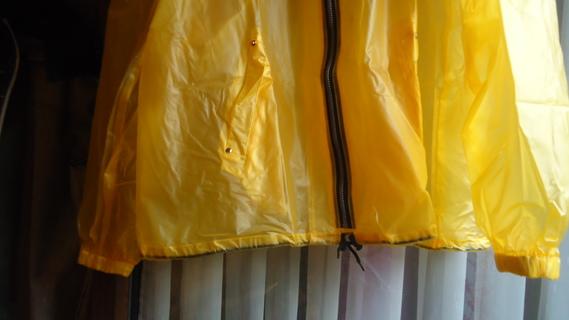 DSC01113 imper jaune court