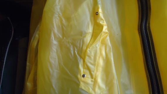 DSC01114 imper jaune court
