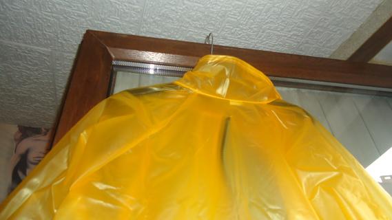 DSC01120 imper jaune court