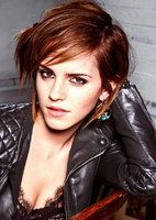 EMMA-WATSON-in-Glamour-Magazine-Italy-December-2012-Issue-2