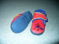 chaussons a scratch SPIDERMAN P29 TBE 4€