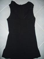 tunique noir ouverte sur les cotés NEUVE 38/40 col v froufrou 8€