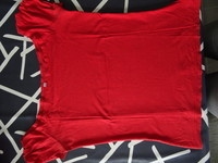thsirt manches courtes rouge orangé 38/40 TBE col rond 3€