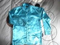 chemise manche longue satiné turquoise ou soirée disco très bon état taille L