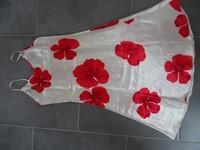 nuisette satiné mi longue motif fleur écru be 38/40 7€