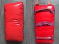 Bouclier sac de frappe PAO rouge arts martiaux