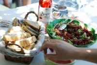 Salade aux framboises et bacon