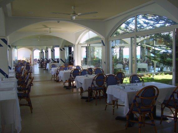 Le restaurant, vue de l'intérieur...