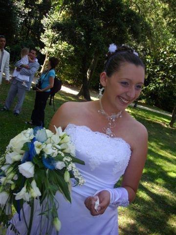 la mariées tout sourire