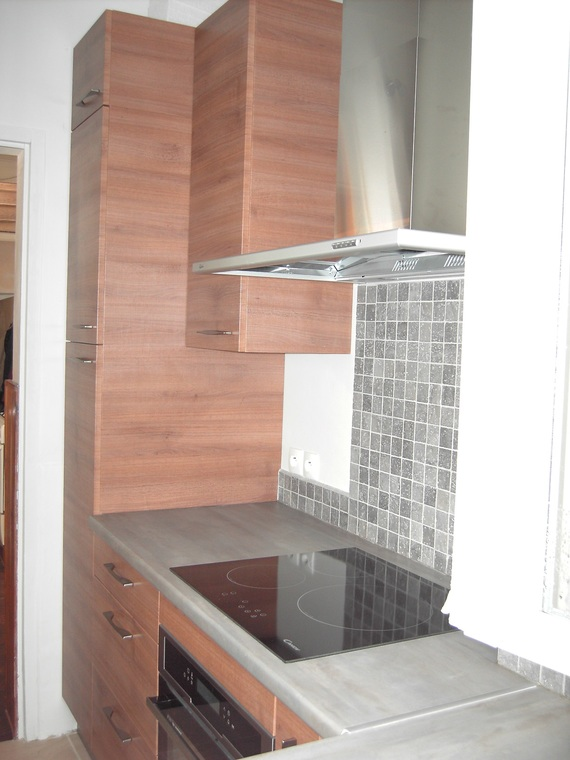 hotte aspirante argent budget de la famille forum famille. Black Bedroom Furniture Sets. Home Design Ideas
