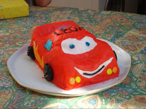 anniv-leon-2008-cars-img