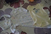( P4 ) 4e l ensemble DISNEY STORE - pyjama sans pied + bodis mickey 6/9mois( D