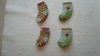 ( P10) 0.50 euro la paire chaussettes antiderapantes 19/22 ou 1/2 ans