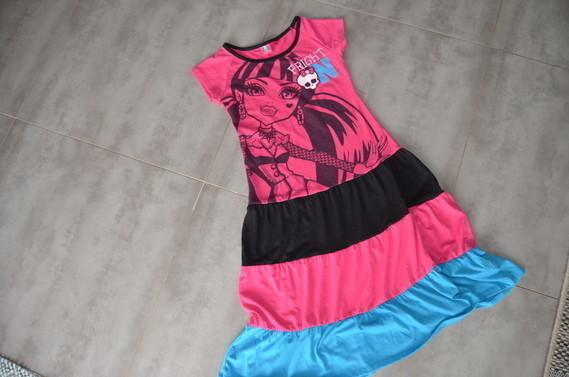 6e la jolie robe MONSTER HIGHT 10-12ans ( D )